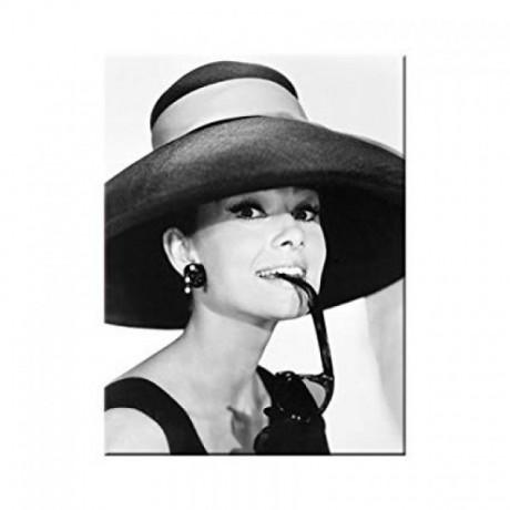 Магнит Breakfast at Tiffany's - Audrey - Hat  Glasses