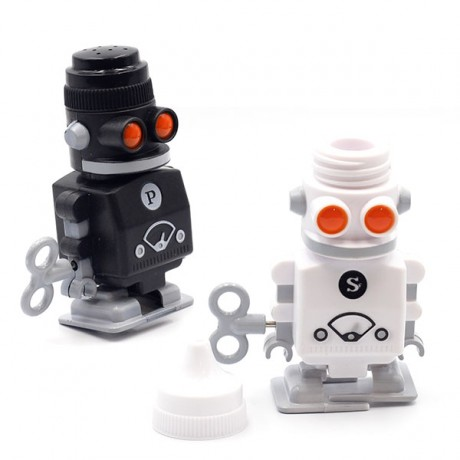 Набор солонка+ перечница Suck Uk Robot Shakers с заводным механизмом передвижения