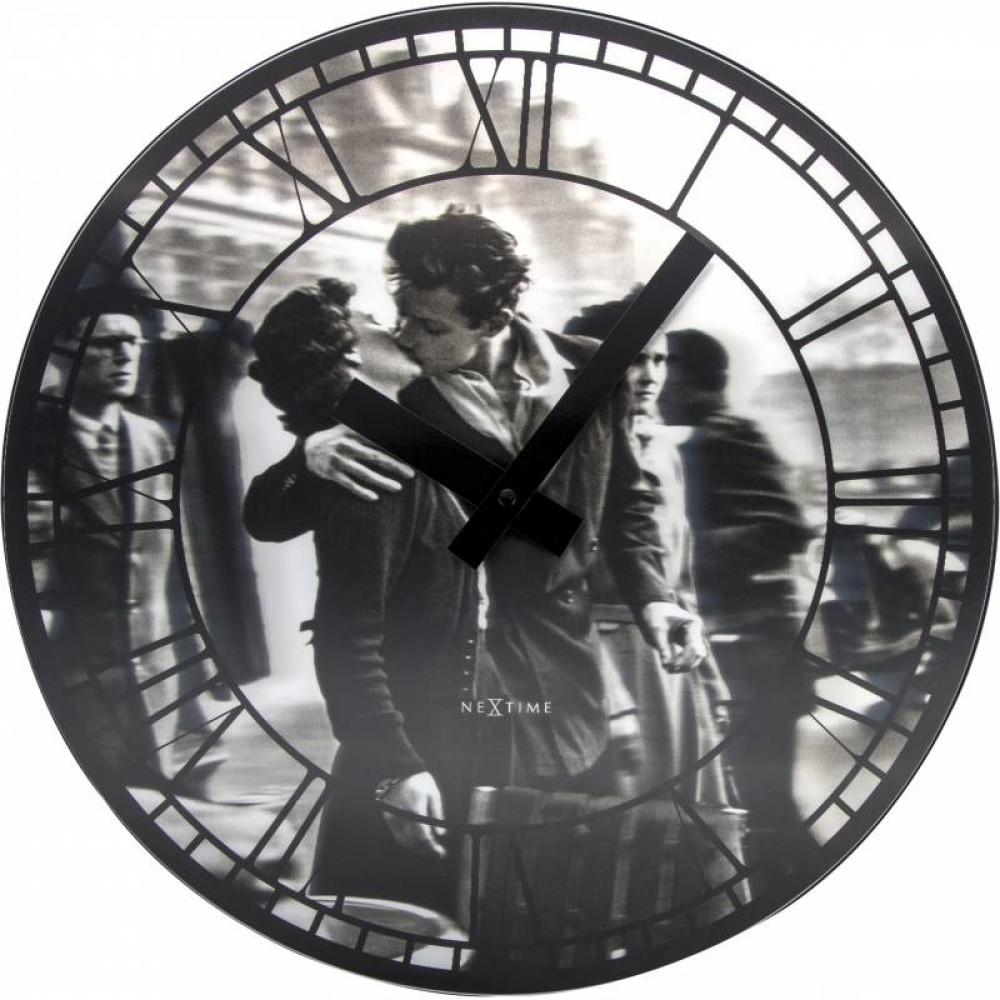 """Часы настенные 3D """"Kiss me in Paris"""" Ø39 см"""