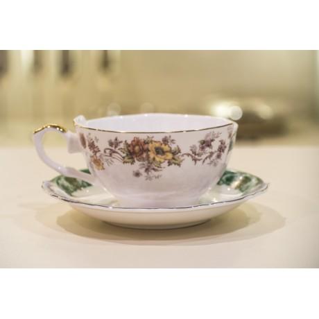 Кофейная чашка с блюдцем Seletti Hybpid фарфоровая